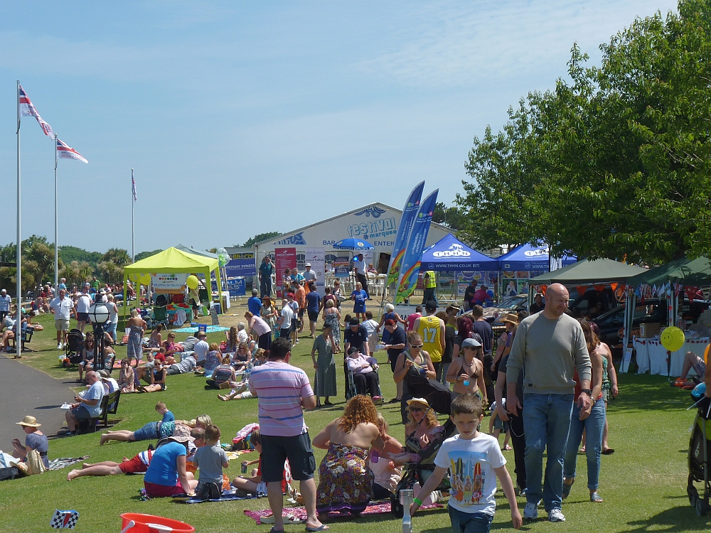 Crowds on Babbacombe Downs on Hanbury's Day