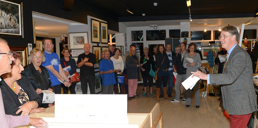 THHN Auction at Haddon Galleries