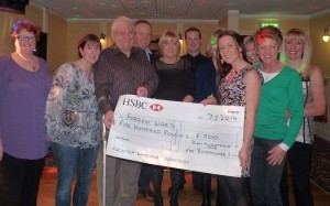 Babbacombe Inn's cheque presentation to Torbay Hospital's Forrest Ward